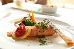 森のレストラン季節のお魚